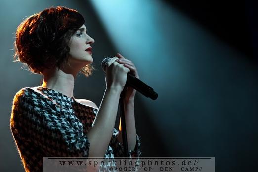 2011-12-01_Hooverphonic_-_Bild_007.jpg