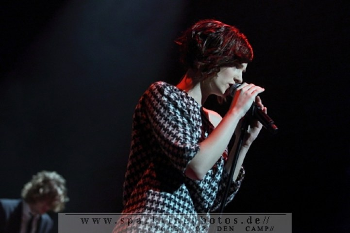 2011-12-01_Hooverphonic_-_Bild_010.jpg