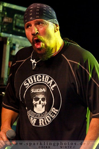 2012-01-21_Suicidal_Tendencies_-_Bild_015.jpg
