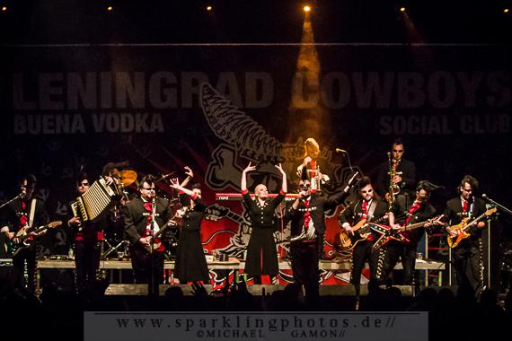 2013-07-12_Leningrad_Cowboys_-_Bild_033x.jpg