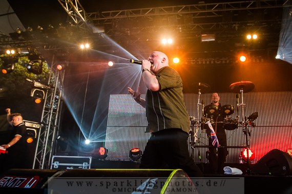2013-07-21_VNV_Nation_-_Bild_001x.jpg