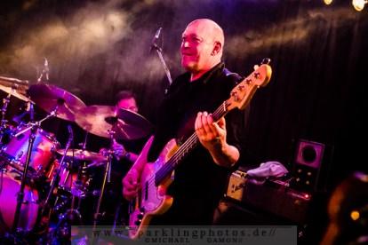 2014-12-20_Dead_Guitars_-_Bild_022x.jpg