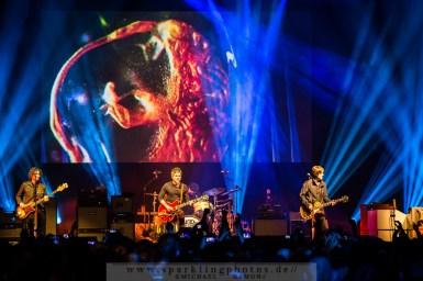 2015-03-19_Noel_Gallaghers_High_Flying_Birds_-_Bild_008x.jpg
