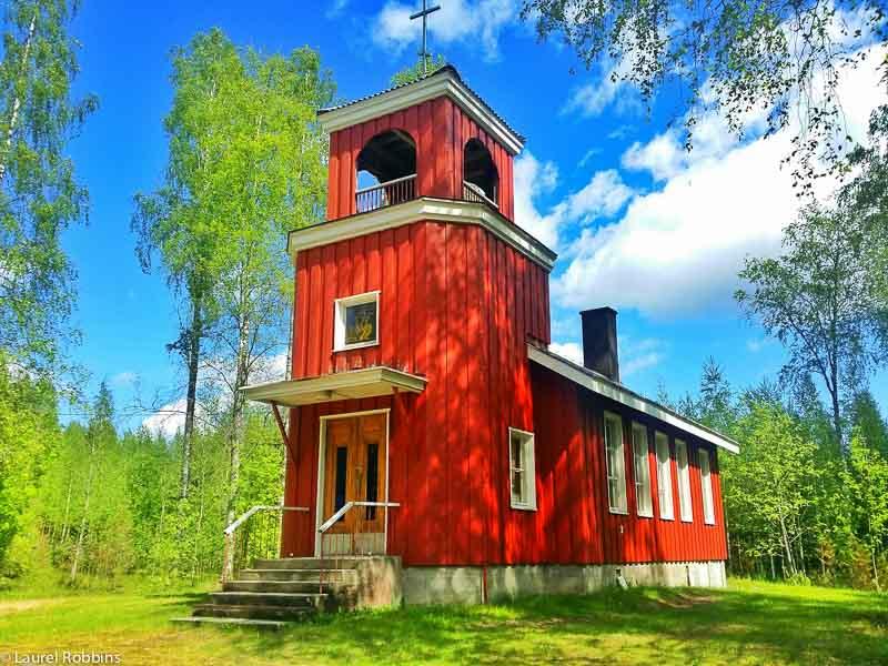 adventures of cycling EuroVelo 13 Finland -chapel in village of Melaselkä