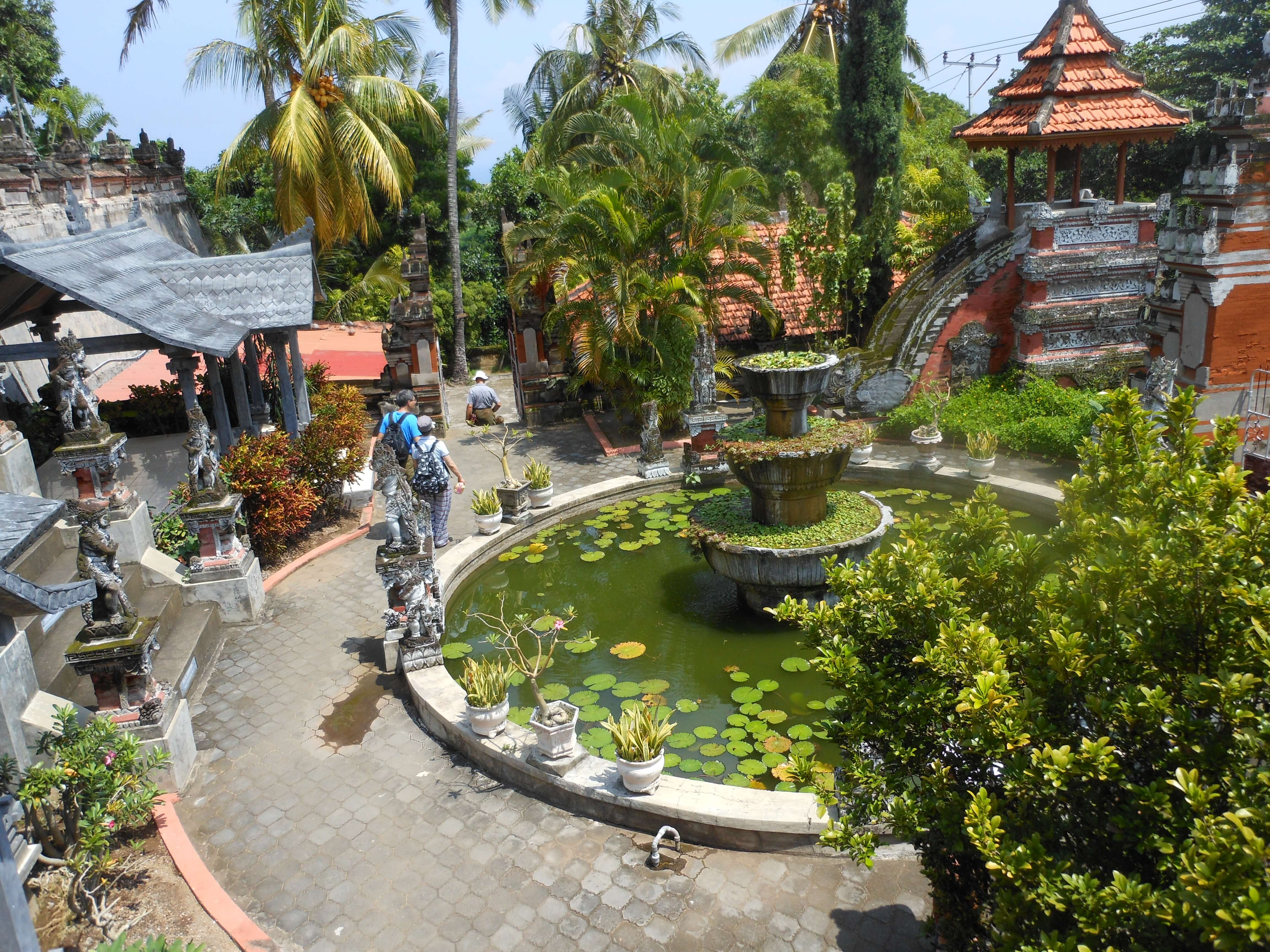 balinese temple, a highlight of southeast asia