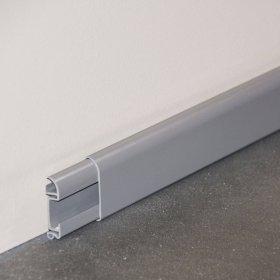 Plinthe cimaise PVC en gris avec dimensions
