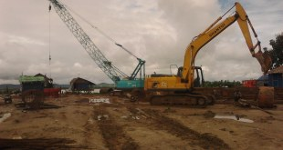 Excavator and Crane used for electricity project (Photo: Dr. Aung Naing Oo).