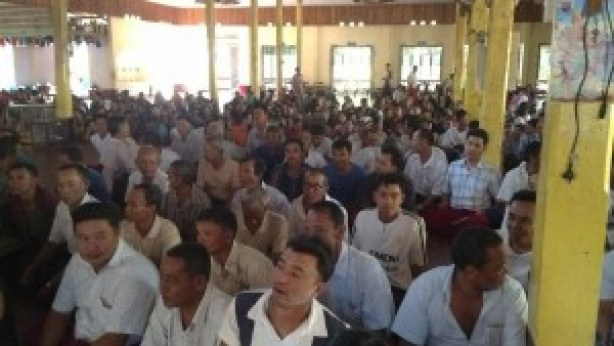 local residents meet with the New Mon State Party