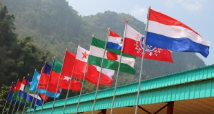 ethnic groups' flags seen flying by one another (Photo: Karen News)