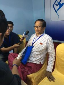 Nai Hongsar was speaking to reporters (Photo: MNA)