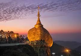 Kyaiktiyo Pagoda (Internet)