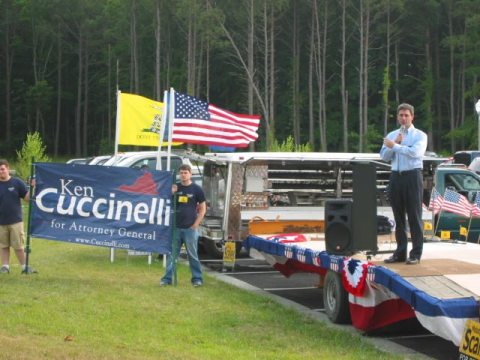 Judging by the sign placement, I presume this is Virginia State Senator and AG candidate Bob Cuccinelli addressing the Eastern Shore Declare=