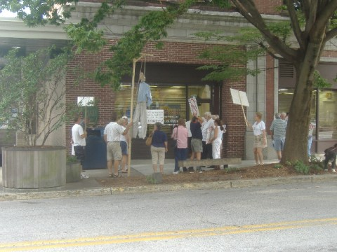 The protestors eventually arrive at Congressman Frank Kratovil's Salisbury regional office.