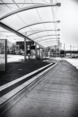 2015-04-15-BahnhofWeinheim-L1001595_B by Roger Schäfer.