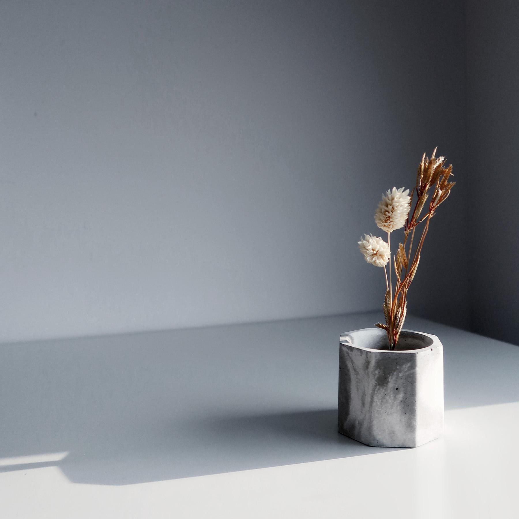 CARRARA 卡拉拉大理石紋水泥黃銅花器・花插・擺飾