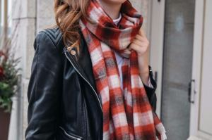 Monochrome Minimalist, Monochrome Minimalist Blog, Winter Fashion, Winter Trends 2017, Plaid Scarf, Abercrombie and Fitch, Leather Jacket, H&M Leather Jacket, H&M, UNIQLO, White House Black Market, WHBM, WHBM Denim, Black denim, how to style black denim, grey boots, slouch boots, ankle boots