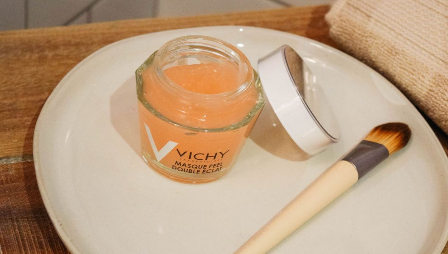 VICHY, VICHY skincare, french skincare, skincare, vichy masque, masque peel double eclat, face mask, vichy face mask, ecotools, ecotools synthetic brush, natural skincare