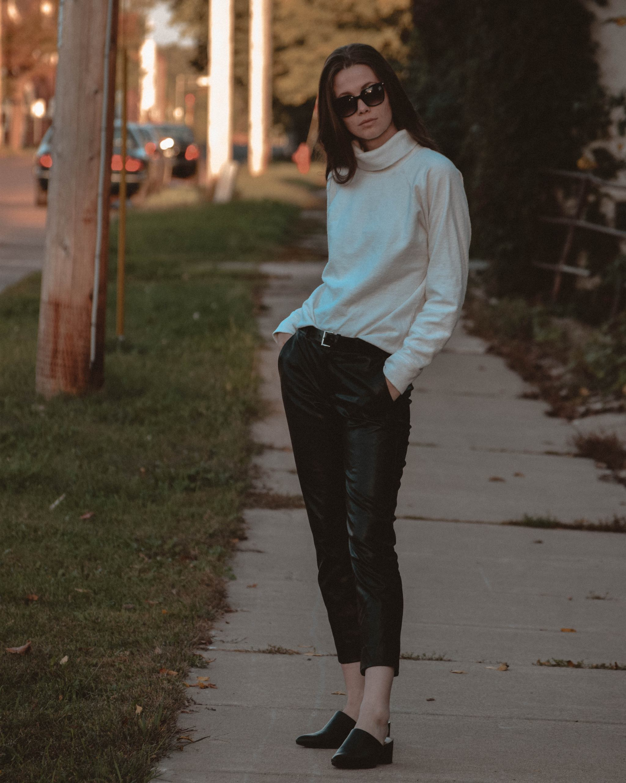 How to Find Personal Style | How to | Monochrome Minimalist | Autumn Fashion