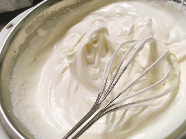 クリーム 泡立て 方 生 生クリームの泡立て方!砂糖の量や種類は?混ぜすぎたら?