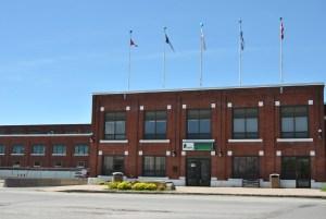 La Canadien International Paper (CIP), aujourd'hui l'usine Resolu, a joué un rôle majeur dans le développement de Gatineau.