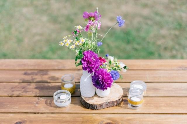 bouquet de dahlia champêtre et de saison