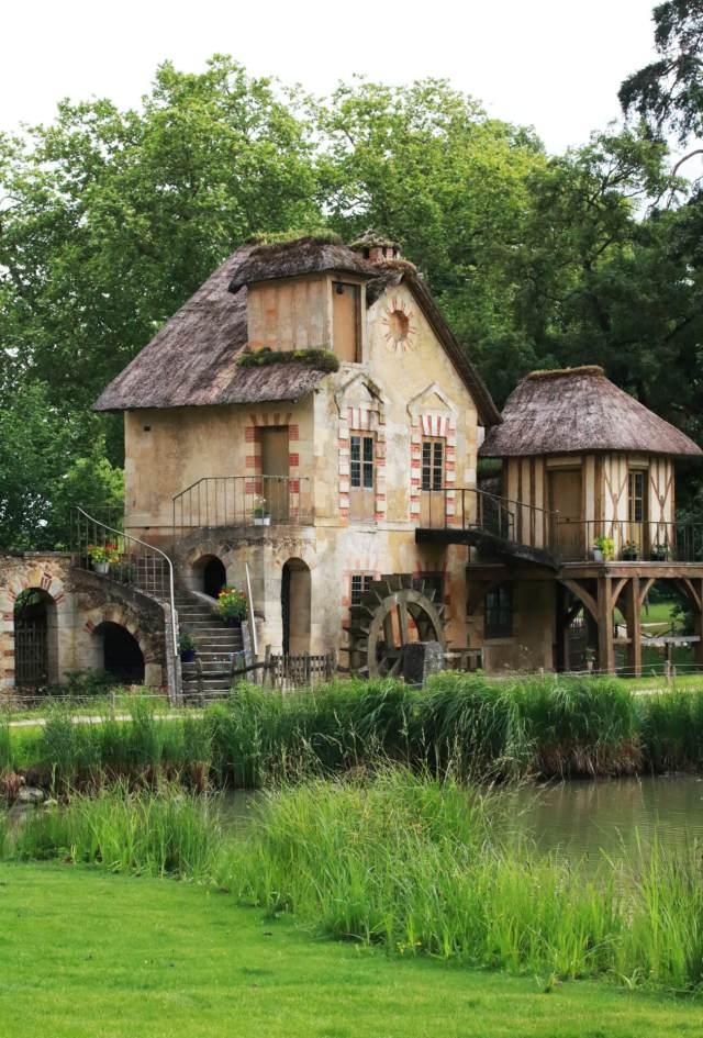 hameau de la reine chateau versailles