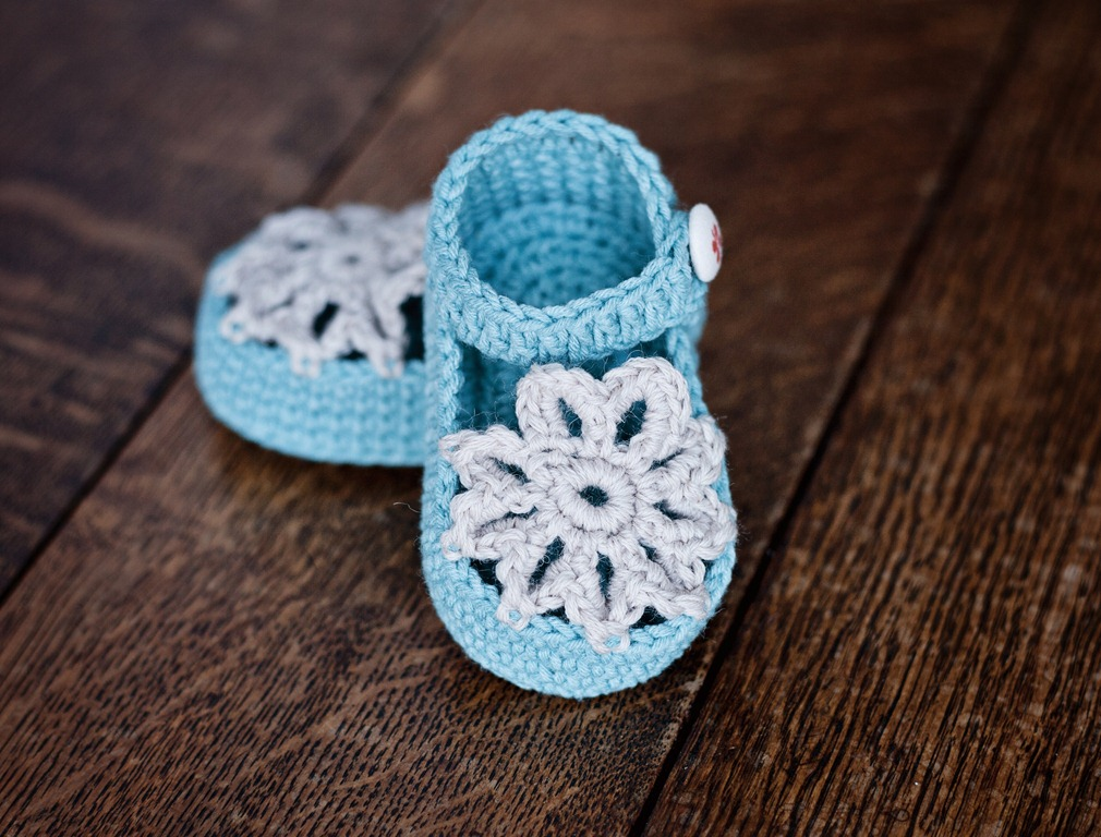 New pattern – Mint Mary Janes