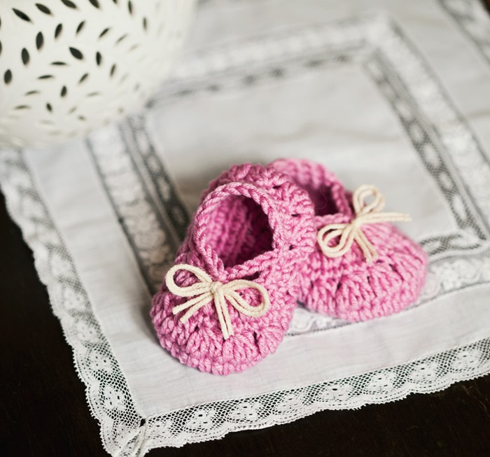 Petit Bow Booties