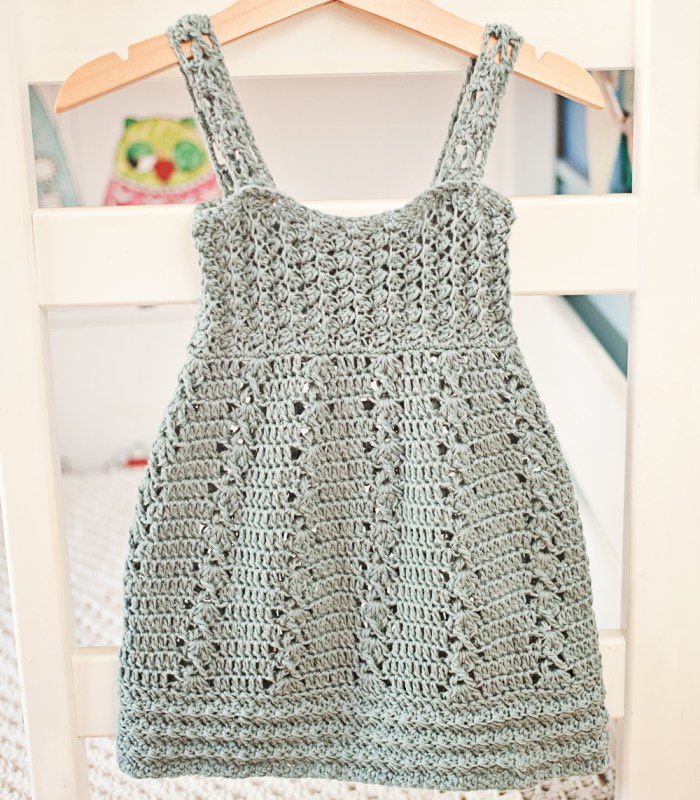 Sea Breeze Dress - crochet pattern by Mon Petit Violon