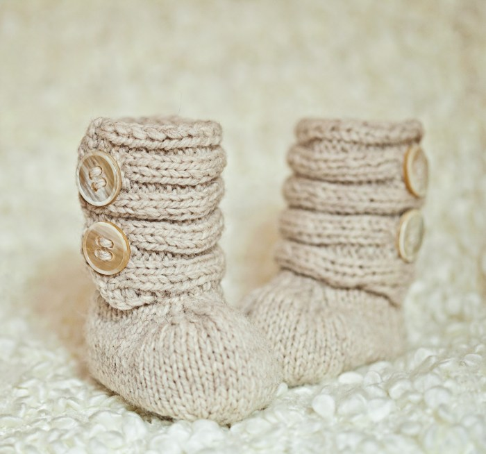 Mon Petit Violon Knits - Baby Booty Boots