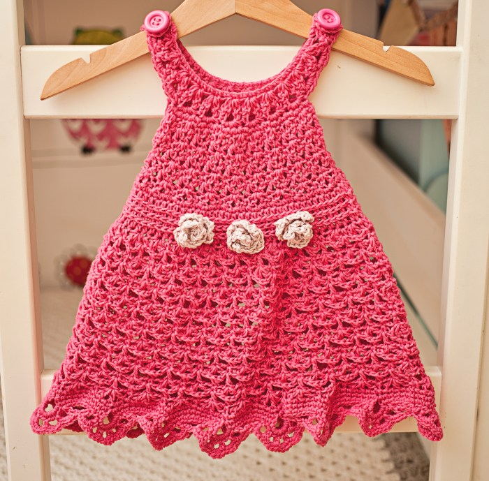 Flower Sundress, crochet pattern by Mon Petit Violon