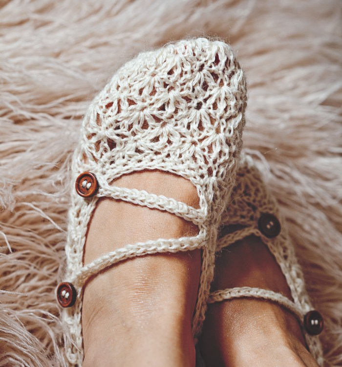 Meringue Double Strap Slippers, crochet pattern by Mon Petit Violon.
