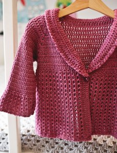 Berry Cardigan, crochet pattern by Mon Petit Violon