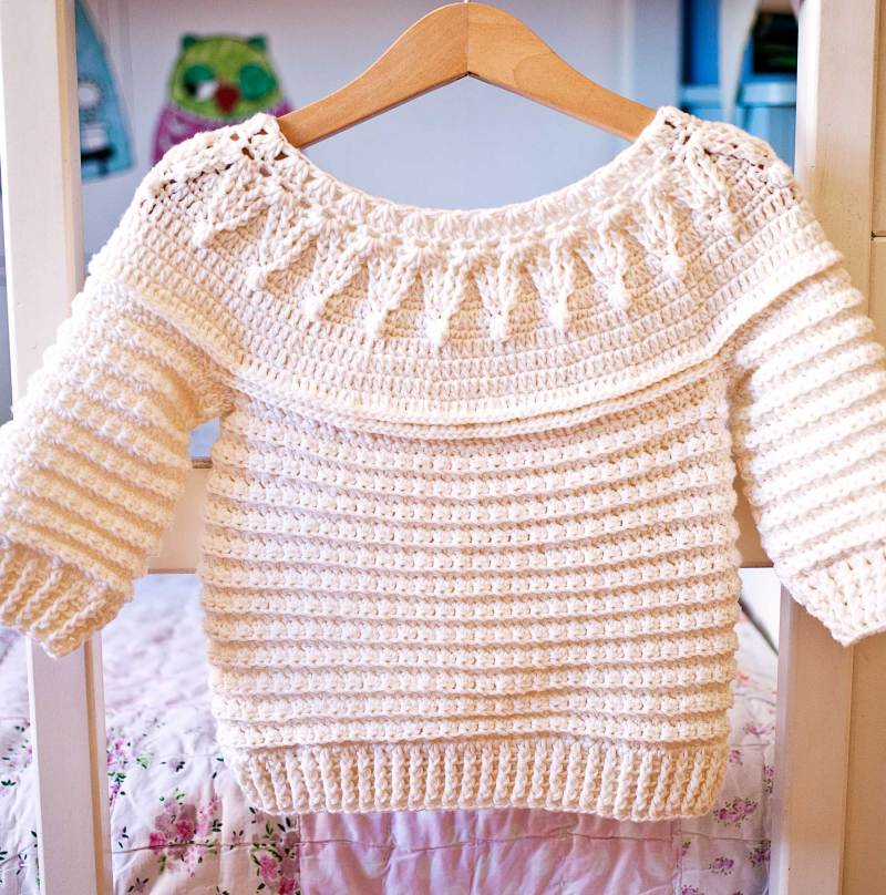Stella Sweater, crochet pattern by Mon Petit Violon