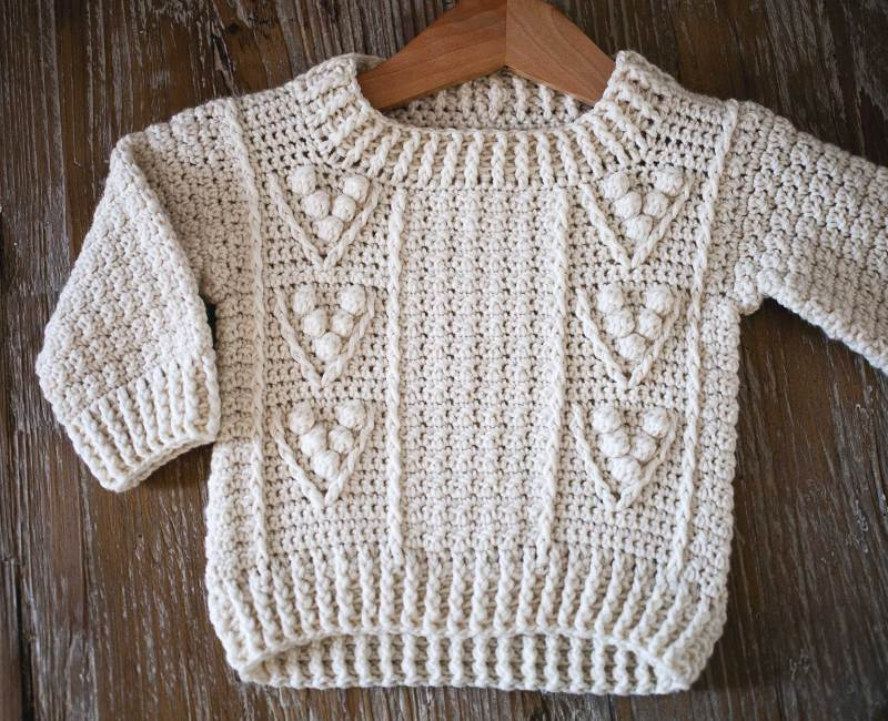 Berry Sweater, crochet pattern by Mon Petit Violon