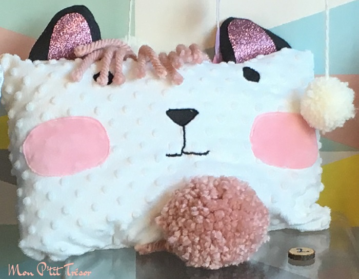 mon coussin chat ours rose