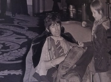 Keith Richards avec son fils au George V en 1978