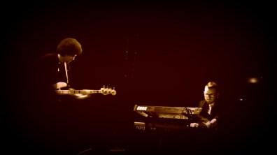 Le Bassiste et Le Synthétiseur ©Monsieur Benedict