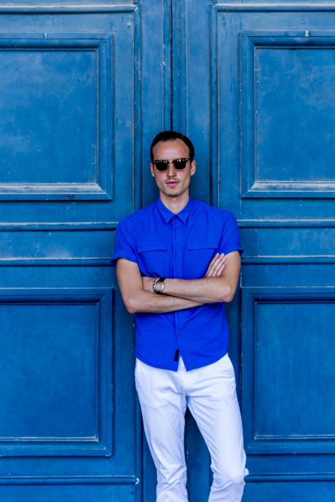Le Bleu Électrique? Pourquoi pas! By @Matthieudlf
