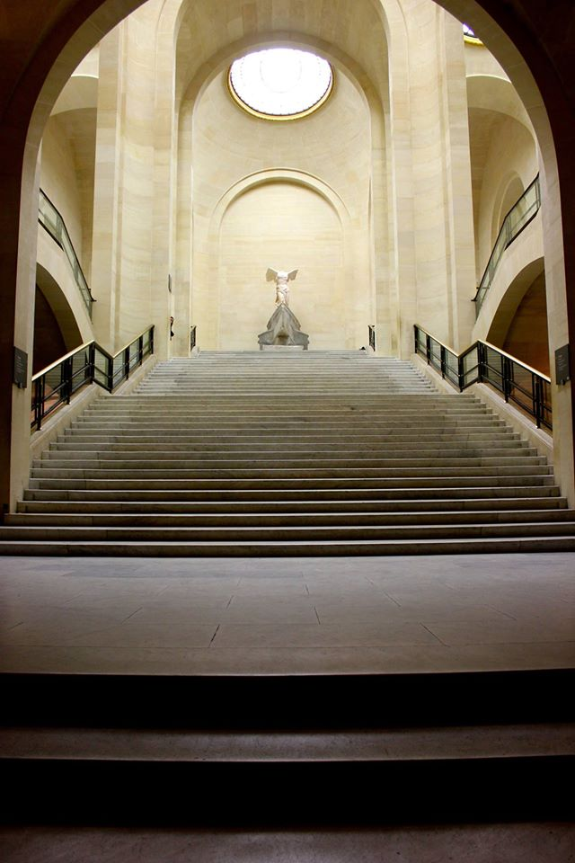victoire-samothrace-musee-louvre-claudia