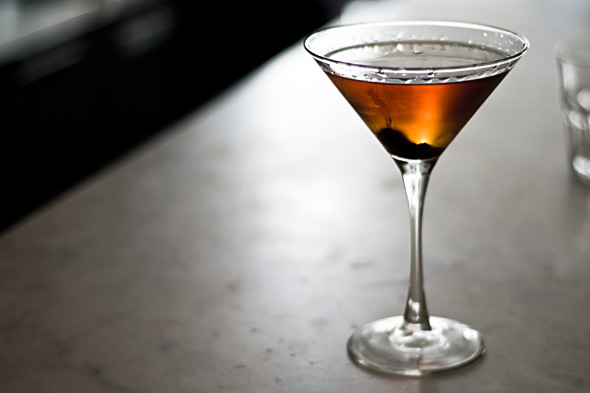 MonsieurMadame cocktail Cosmopolitan