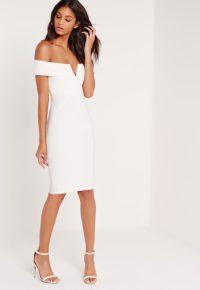 robe-mi-longue-blanche--col-bateau-structur