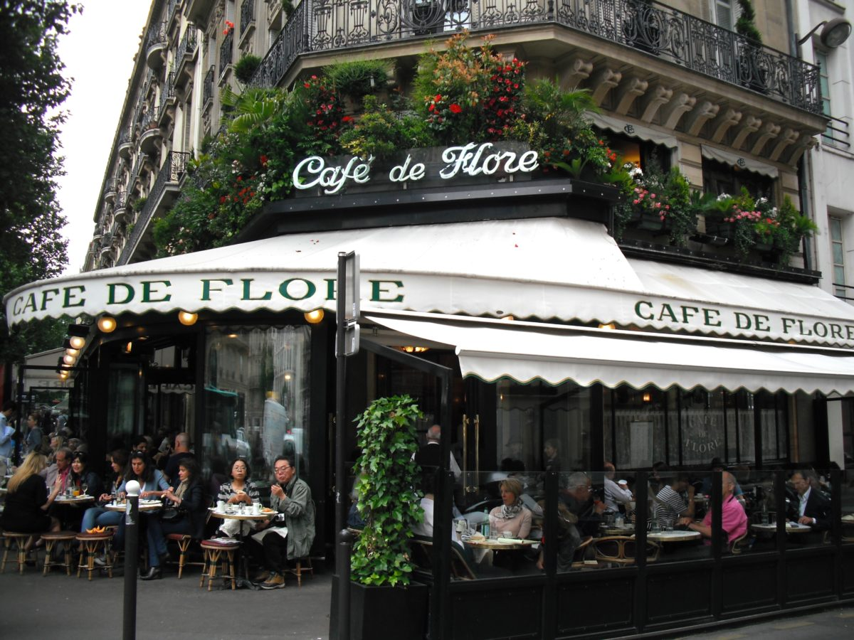 paris-cliches-arrondissement-monsieur-madame-claudia-lully-cafe-de-flore