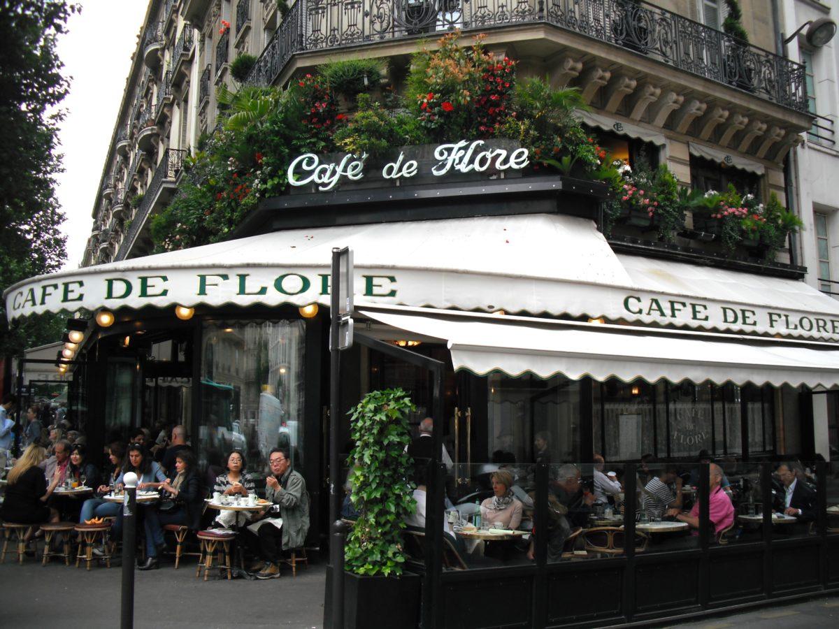 paris-cliches-arrondissement-monsieur-madame-claudia-lully-cafe-de-flore