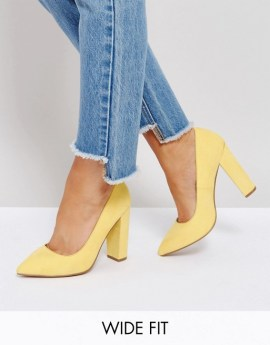 8234977-1-yellow