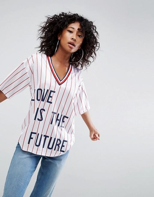 T-shirt rayé avec inscription