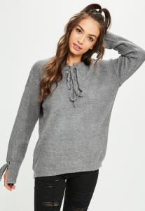 pull-gris-oversize--lacets