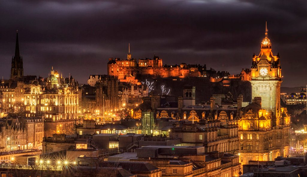 Scotland_Houses_Castles-voyage-nouvel an-destination-destination-magazine-travel-monsieurmada.me