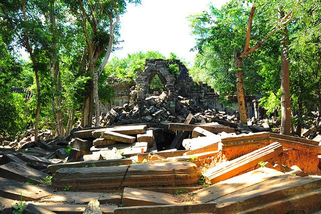 Day 2-3 And Sunrise In Angkor Wat: Playing Indiana Jones