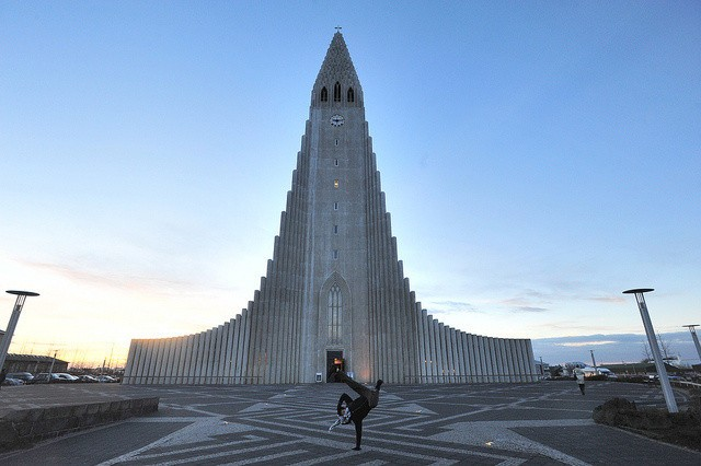 A Morning in Reykjavik